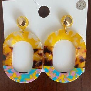 Forever 21 resin and tortoiseshell drop Earrings.